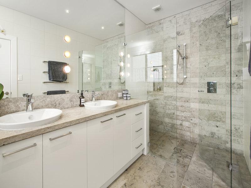 bathroom seaforth house 13