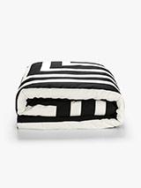 corner-stripe-quiltcover-black